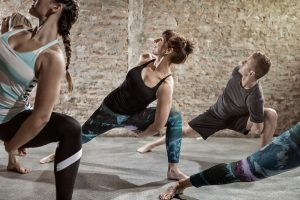 yoga class, flexibility exercise to reduce stress