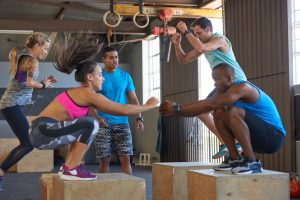 men improved stamina in crossfit class