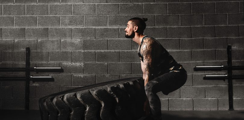 man pushes further during crossfit