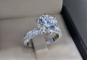 Steps to Follow When Proposing to Your Girlfriend